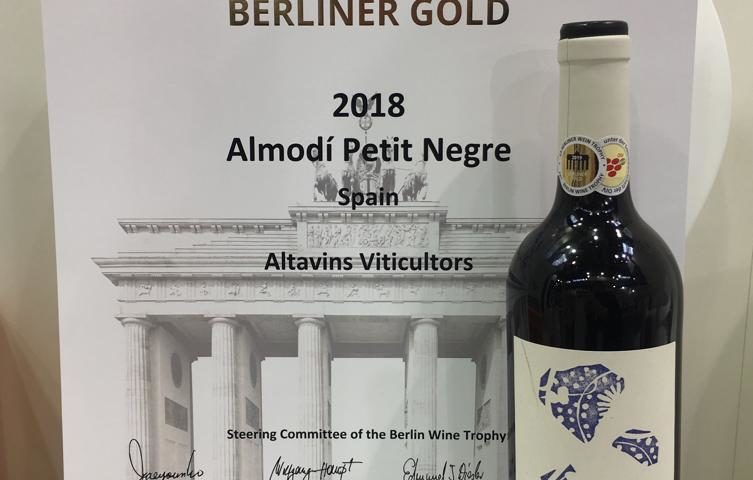 Gold Medal In Berliner Wein Trophy For Almodí Petit Red Altavins Viticultors Vins Do Terra Alta
